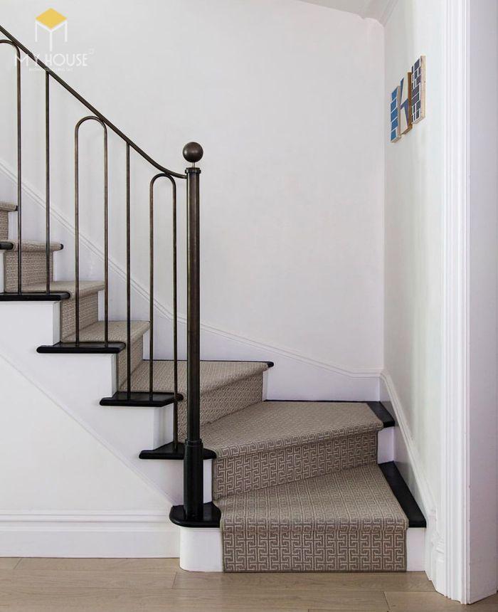 Mẫu cầu thang đẹp đúng tiêu chuẩn - M12