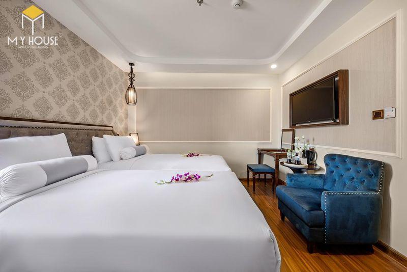 Phòng ngủ khách sạn 5 sao sang trọng - View 3