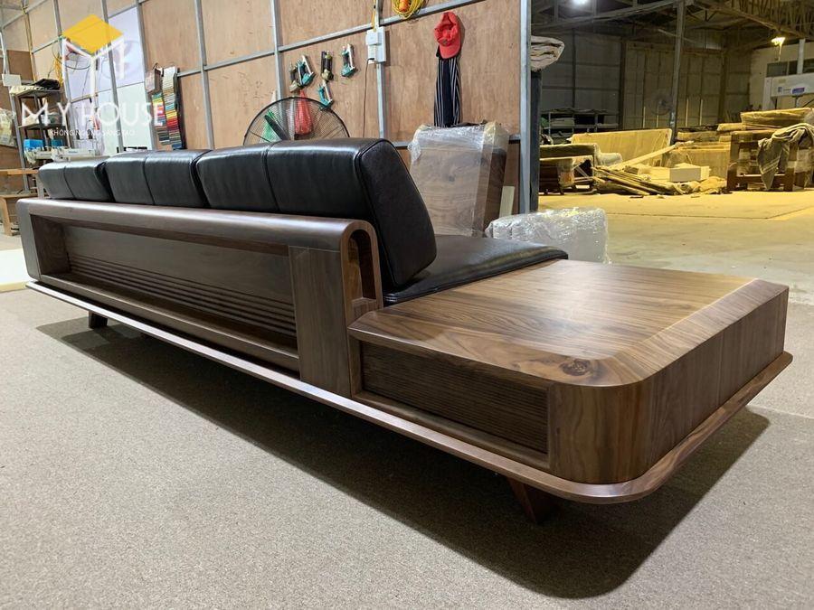 Hình ảnh sofa gỗ óc chó tại nhà máy sản xuất nội thất My House - View 4