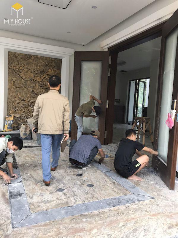 Hình ảnh thi công lắp đặt nội thất tại công trình - Hình 2
