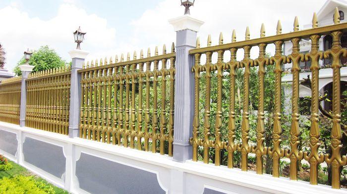 Hàng rào biệt thự bằng kim loại - Mẫu 4