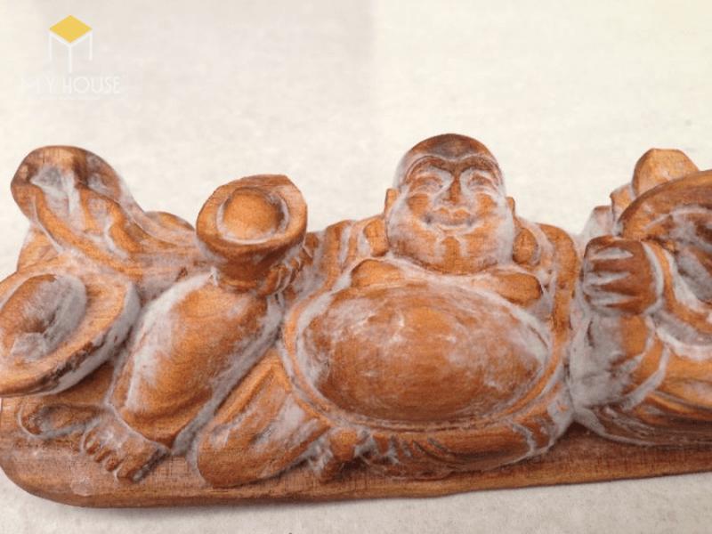 Hoàng đàn là loại gỗ quý hiếm có mùi thơm rất đặc trưng