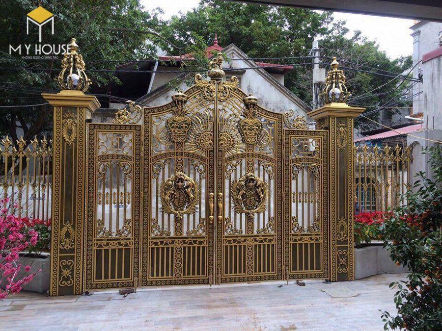 Cổng biệt thự lâu đài 4 cánh