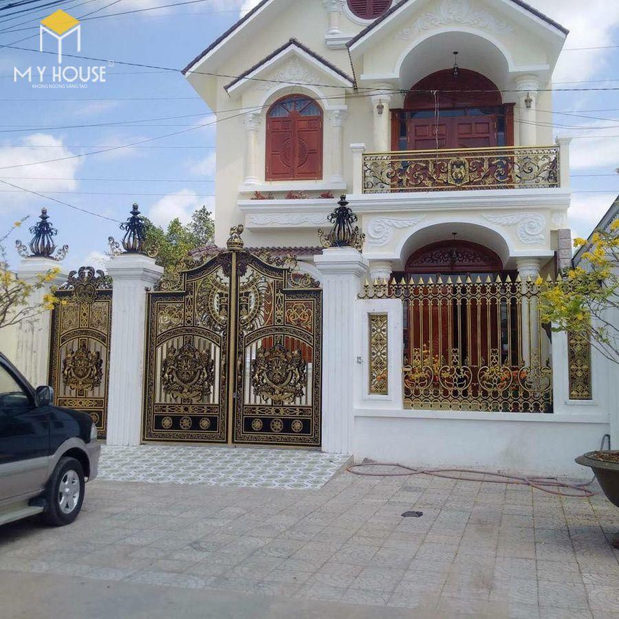 Thiết kế cổng biệt thự lâu đài cao cấp