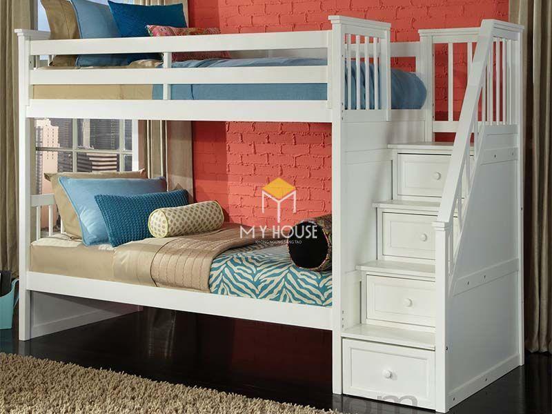 Giường sắt với giường đơn bên trên giường đôi