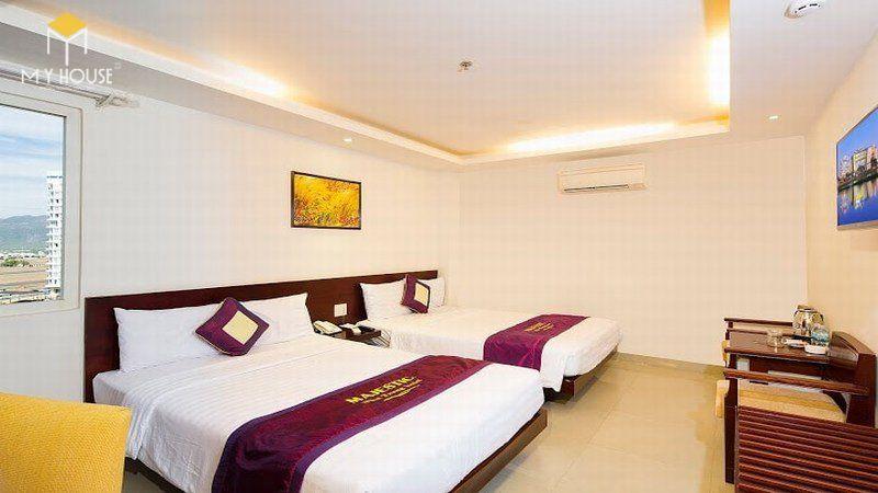 Giường ngủ khách sạn đẹp sang trọng - M2