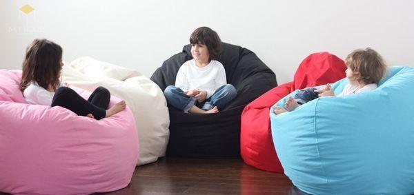 Bàn ghế Handmade bằng xốp