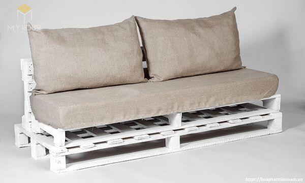 Bàn ghế Handmade bằng gỗ Pallet đơn giản