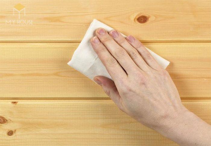 Vecni dùng để phủ lên các bề mặt trang trí đồ gỗ nội thất.