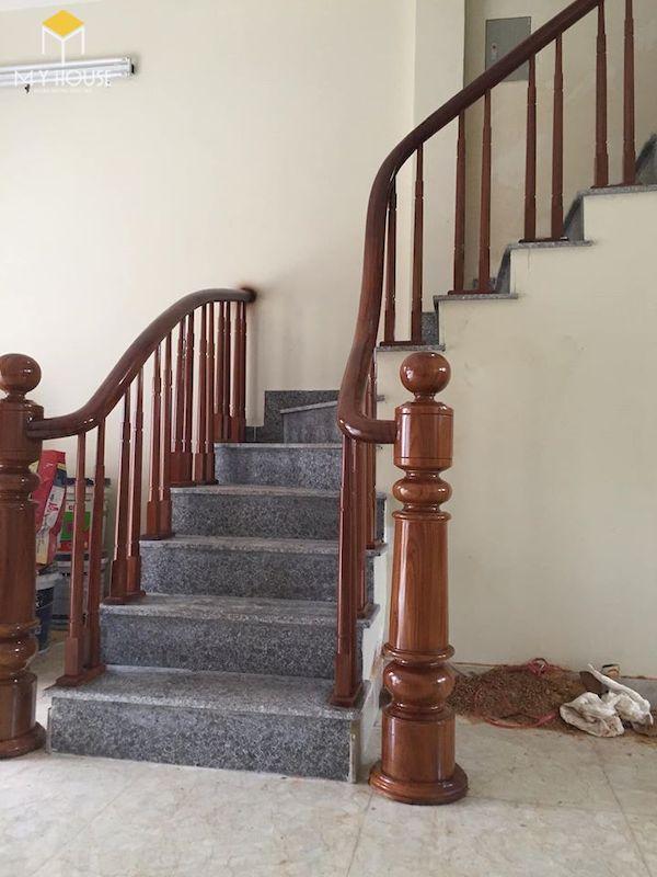 Mẫu con tiện cầu thang gỗ đẹp - Hình ảnh 10