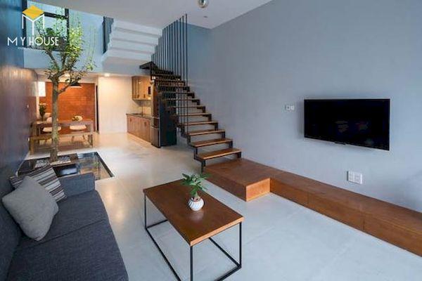 Phòng khách nhà ống 5m có cầu thang - Mẫu 3