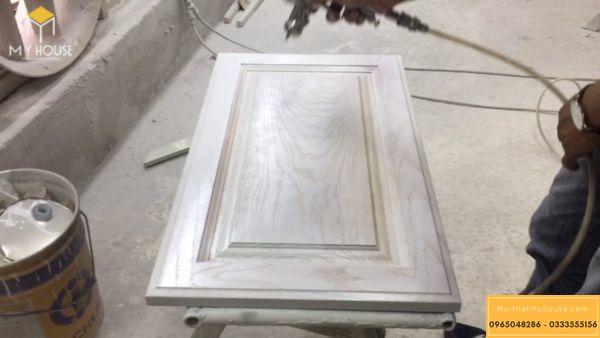 Sơn lót cho gỗ công nghiệp