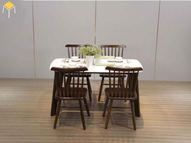 Mẫu bàn ăn 4 ghế gỗ óc chó cho gia đình 3 - 4 người