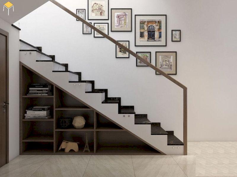 Trang trí cầu thang bằng tranh ảnh