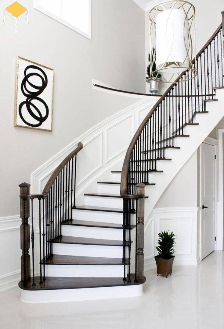 Trang trí cầu thang đơn giản