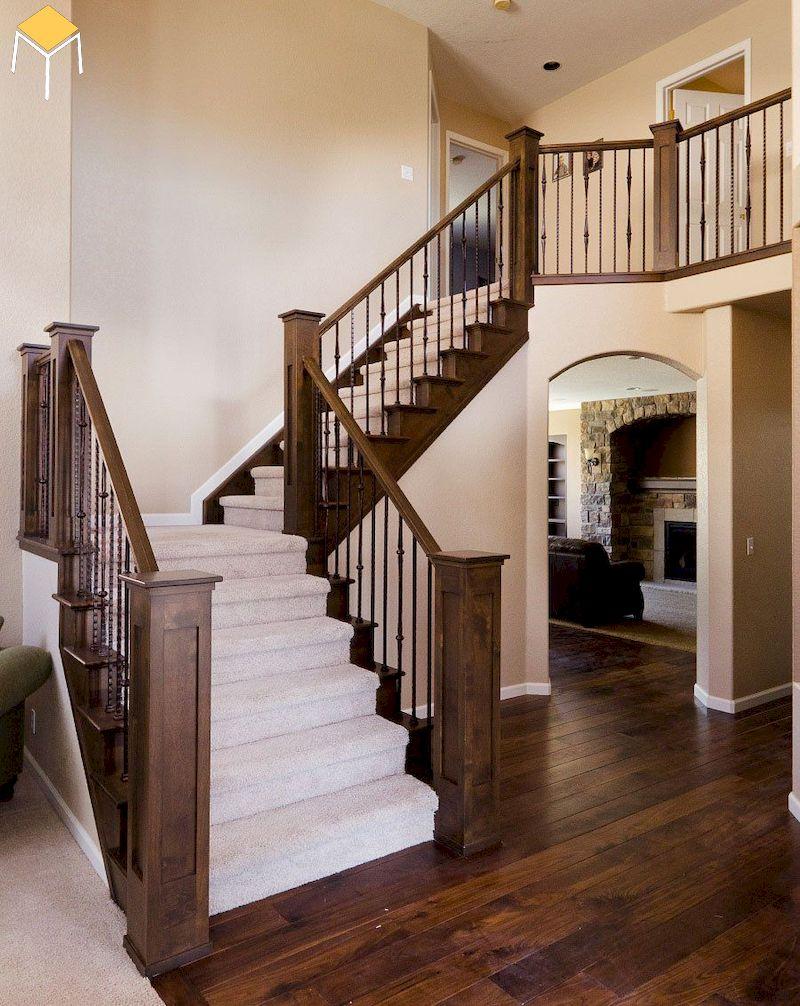 Chọn trụ cầu thang phù hợp với thiết kế