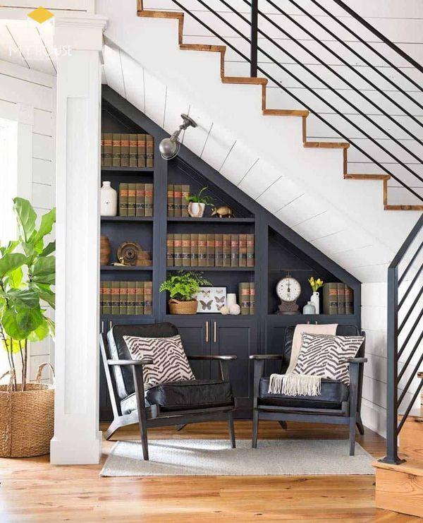 Tủ âm tường cầu thang trang trí phòng khách