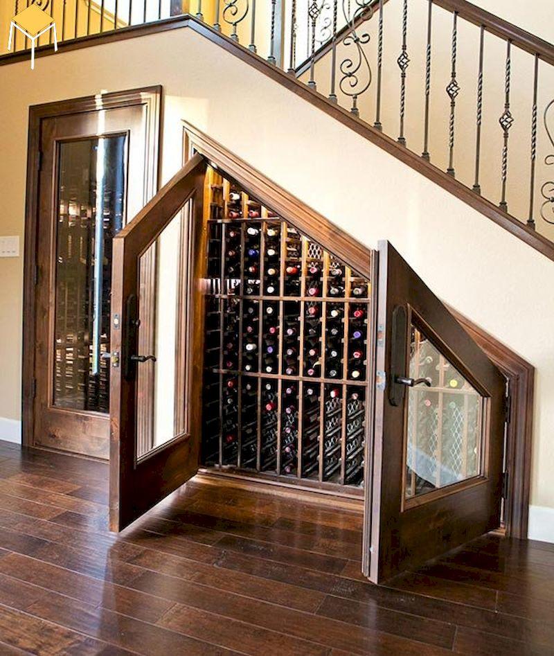 Tủ rượu gầm cầu thang