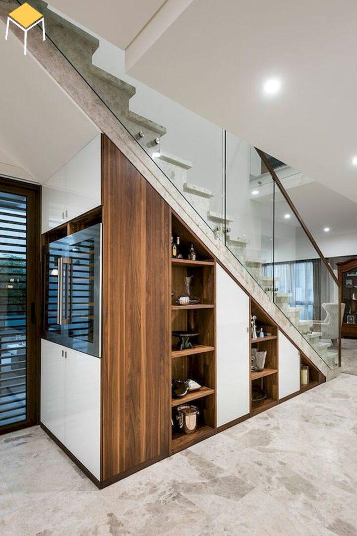 Tủ rượu âm tường kết hợp gầm cầu thang phòng khách