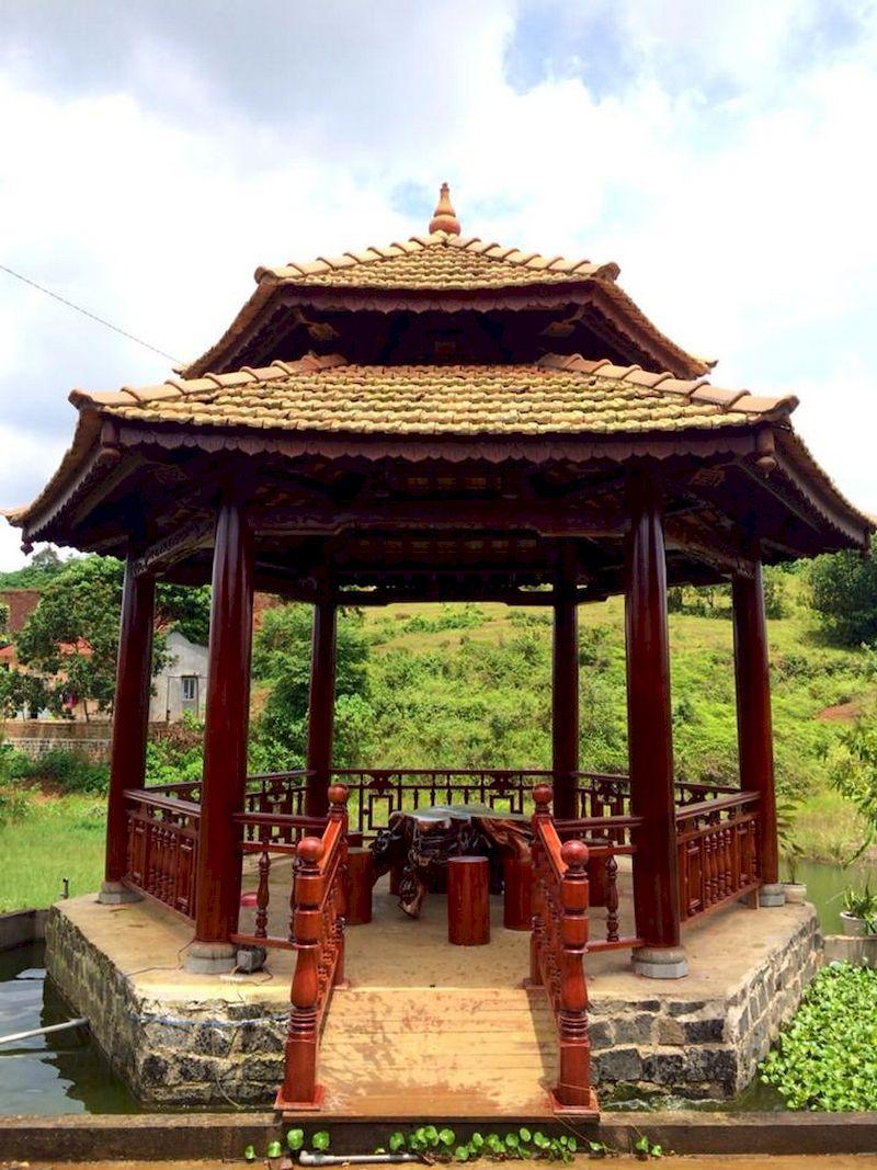 Nhà lục giác trong thiết kế sân vườn