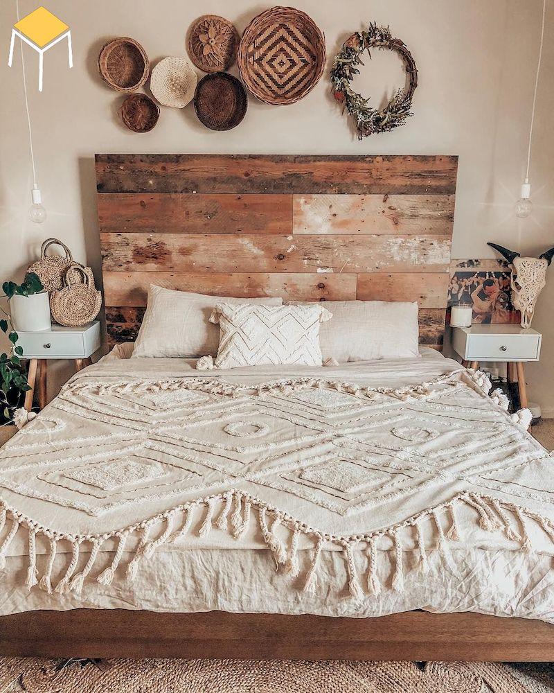 Trang trí phòng ngủ vintage bằng gỗ, cói