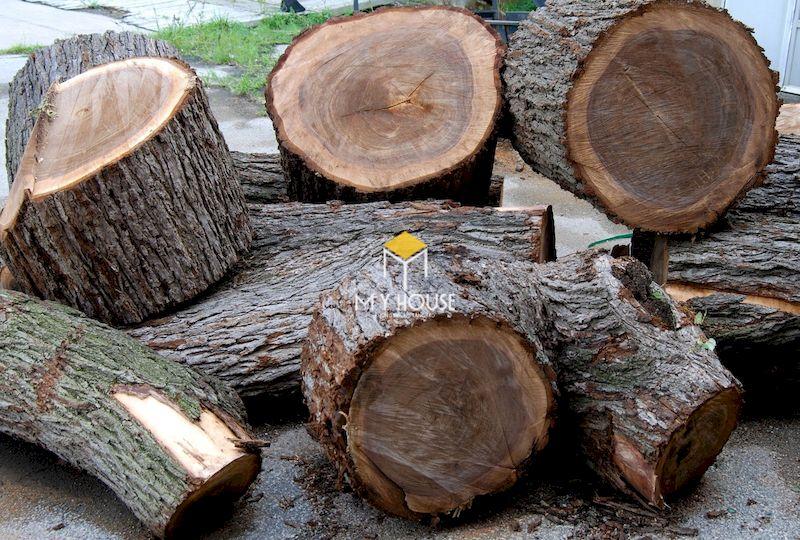 Chất liệu gỗ óc chó cao cấp, nhập khẩu từ Bắc Mỹ, sản xuất tại xưởng nội thất My House