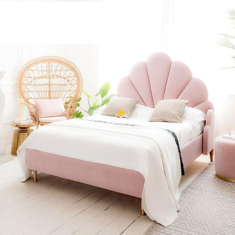 Giường ngủ đẹp màu hồng cho bạn nữ