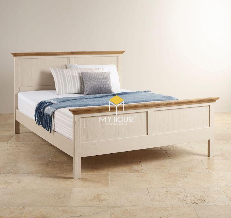Mẫu giường gỗ 4 chân đẹp sơn trắng