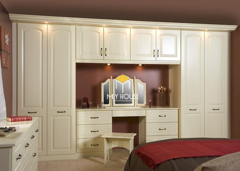 Tủ quần áo kết hợp bàn trang điểm phong cách tân cổ điển