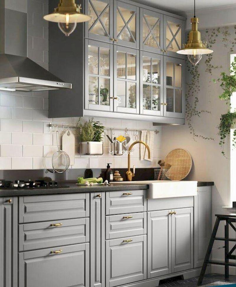 Tủ bếp tân cổ điển gỗ tự nhiên màu ghi