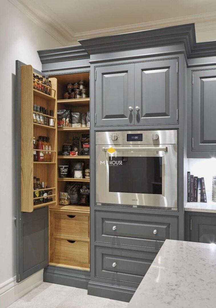 Tủ bếp tân cổ điển gỗ tự nhiên màu xám