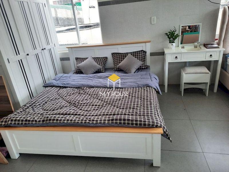 giường ngủ 1.6m