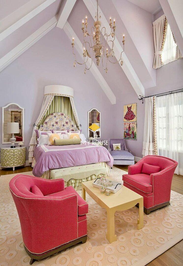 giường ngủ màu tím nổi bật