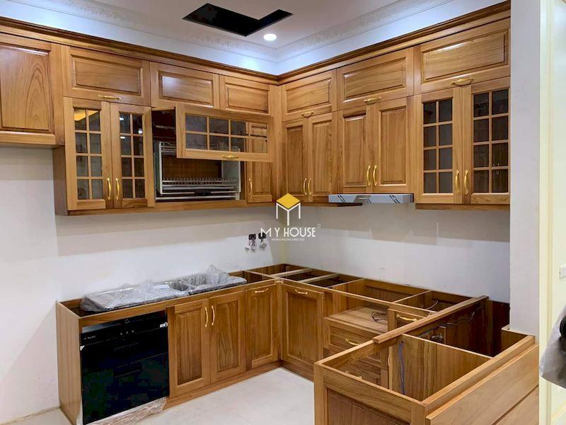 Tủ bếp dưới gỗ tự nhiên sồi