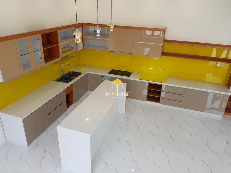Vì sao nên lựa chọn tủ bếp MDF phủ acrylic?