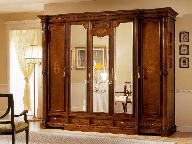 Tủ quần áo gỗ tự nhiên sang trọng, mang lại vẻ đẹp hoàn chỉnh cho căn phòng