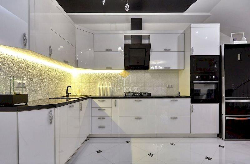 Tủ bếp acrylic chữ L - Mẫu 4