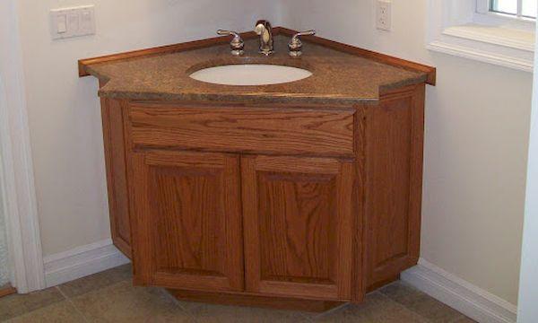 Tủ gỗ tự nhiên trong phòng tắm, nhà vệ sinh