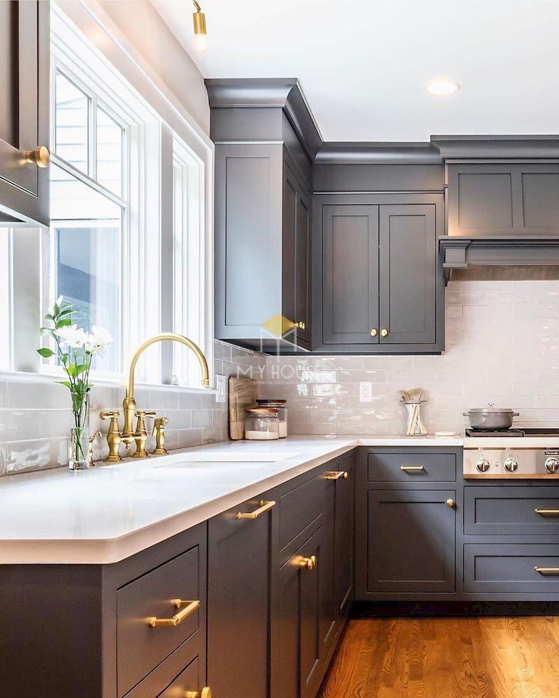 Tủ bếp tân cổ điển gỗ công nghiệp với vẻ đẹp hoàn hảo là sản phẩm nên có tại mọi gia đình