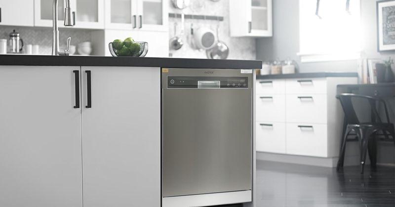 Mẫu tủ bếp có máy rửa bát 03