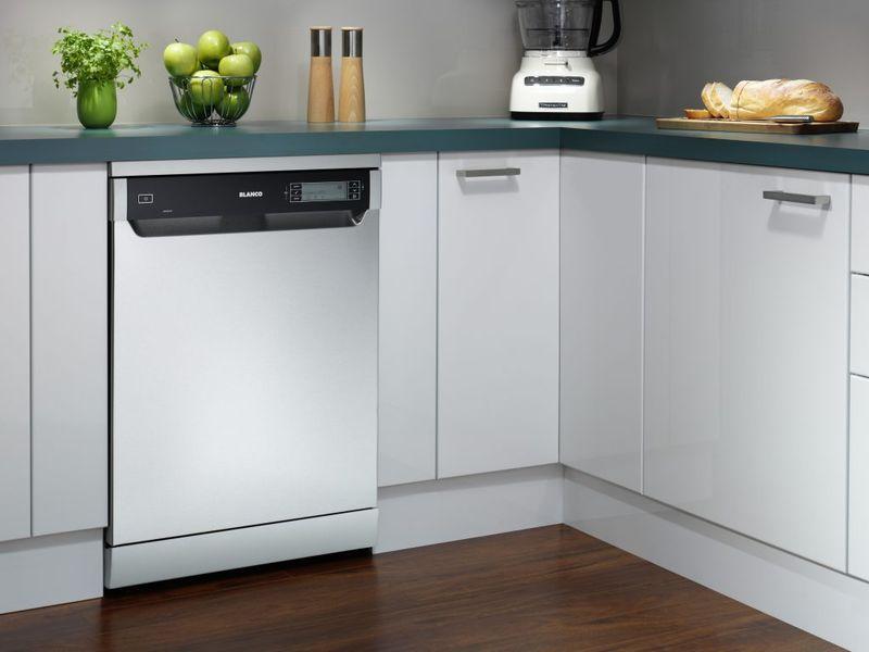 Tủ bếp có máy rửa bát âm tủ 15