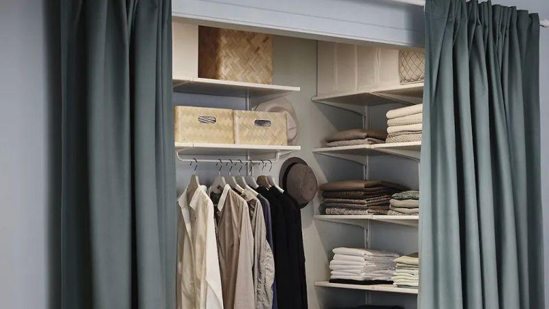 Phòng ngủ ngăn cách phòng thay đồ bằng rèm
