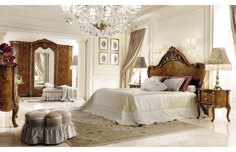 Phòng ngủ hoàng gia diện tích rộng, chất liệu nội thất cao cấp