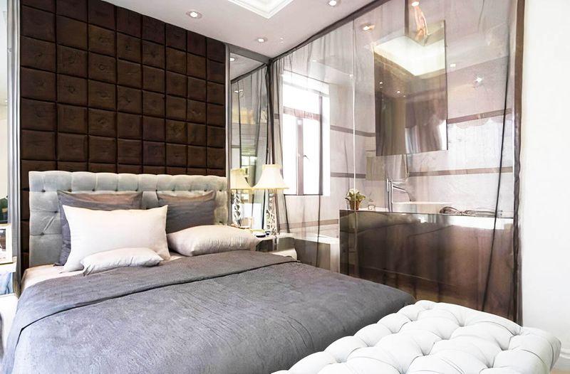 Mẫu thiết kế phòng ngủ có nhà vệ sinh tone vách kính