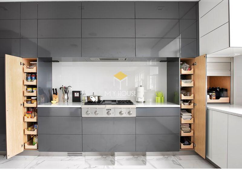 Thiết kế tủ bếp thông minh với hệ tủ âm tường tiết kiệm diện tích