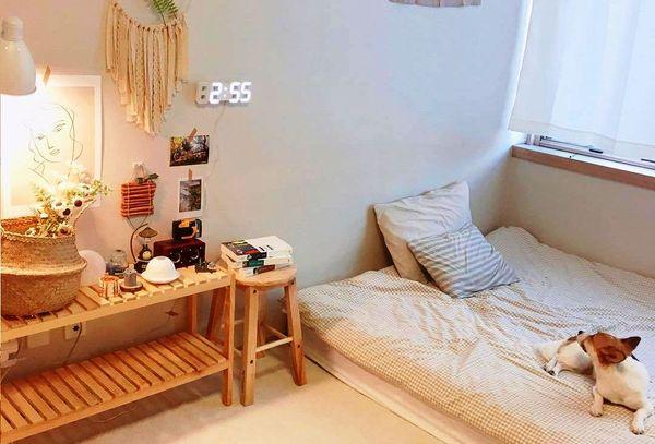 Trang trí phòng ngủ nhỏ không giường 09