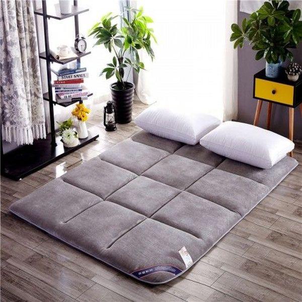 Trang trí phòng ngủ nhỏ không giường 14