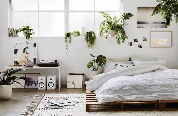 Trang trí phòng ngủ nhỏ không giường 04