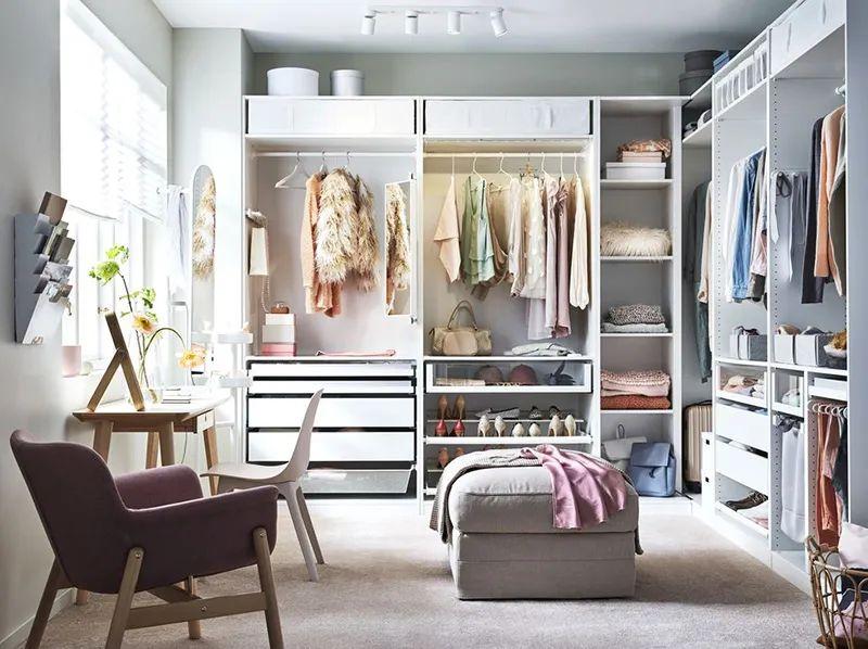 Mẫu tủ quần áo trong phòng ngủ nữ