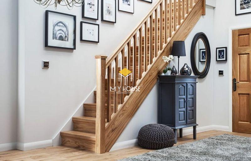 Ứng dụng của sàn gỗ công nghiệp - Ốp bậc cầu thang